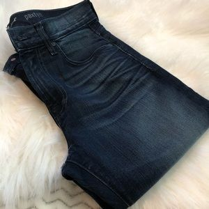 7 for all Mankind jeans size 30x32